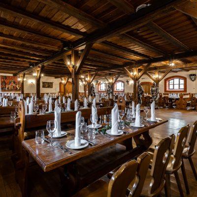 Reservierung_Rittersaal_Interior_1